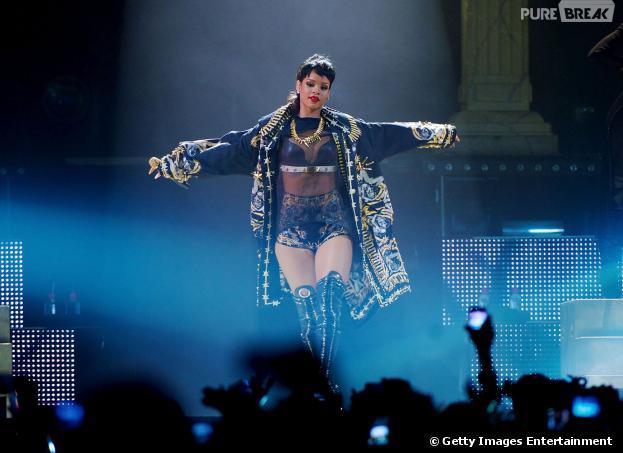 Rihanna bate recorde em Tel Aviv, Israel, e se torna a artista feminina com o show que mais reuniu público no local