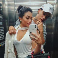 Flavia Pavanelli e MC Kevinho se divertem na casa nova do funkeiro, após trocarem alianças!
