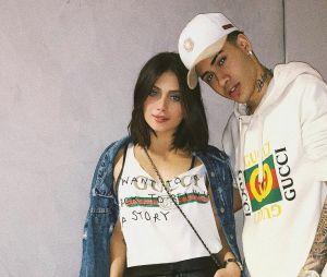 Flávia Pavanelli e Mc Kevinho assumiram seu romance e desde lá vivem trocando muito carinho nas redes sociais