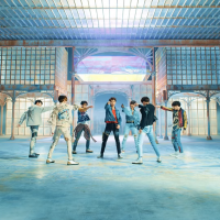 "BTS lança ""Love Yourself: Tear"", seu novo CD, junto com clipe do single ""Fake Love"". Confira!"