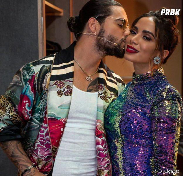 """Anitta e Maluma nas gravaçõe da versão mexicana do reality """"The Voice"""""""