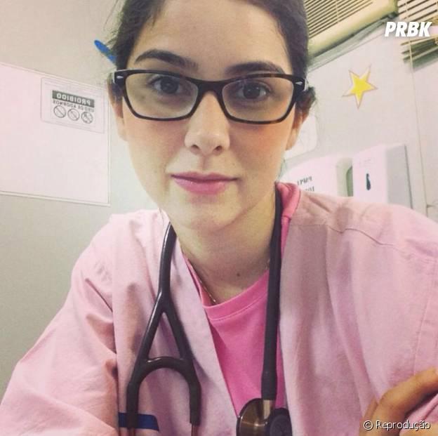 """Médica Mariana Rezende dá dicas """"Dedique-se. Faça estágios, leia bastante. Se interesse. Corra atrás. Quando a gente gosta do que faz, tudo se torna mais fácil"""""""