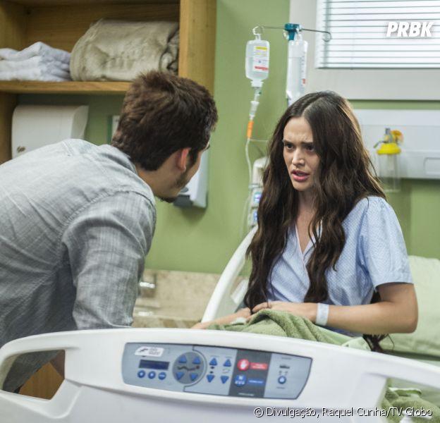 """Em """"O Tempo Não Para"""", Samuca (Nicolas Prattes) ajuda Marocas (Juliana Paiva) a fugir do hospital"""