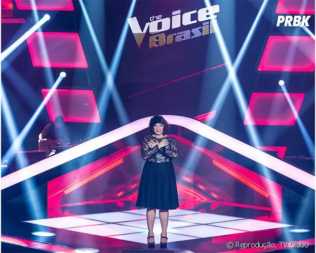 """Deena Love canta na estreia de """"The Voice Brasil"""" e vai para o time de Lulu Santos"""