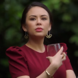 """Pretty Little Liars: The Perfectionists"": Janel Parrish fala sobre Mona no spin-off!"