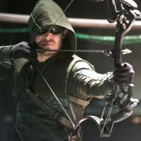 """Um novo Arqueiro Verde está no lugar de Oliver em """"Arrow""""!"""