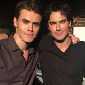 """Ian Somerhalder e Paul Wesley relembram """"The Vampire Diaries"""" e deixam fãs emocionados!"""