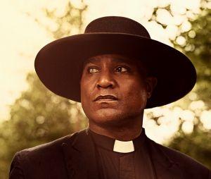 """Em """"The Walking Dead"""", na 9ª temporada: padre Gabriel (Seth Gilliam) vai sair da série!"""