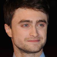 """Daniel Radcliffe entra para time de mágicos de filme """"Truque de Mestre 2"""""""