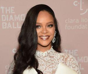 E a Rihanna que registrou 8 músicas novas? Será que vem álbum novo por aí?