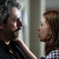 """Novela """"Imperio"""": Isis quer fugir para evitar problemas entre Lucas e Zé Alfredo"""
