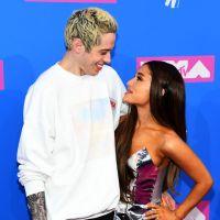 Ariana Grande precisou defender Pete Davidson após ex-noivo sofrer ataques na internet
