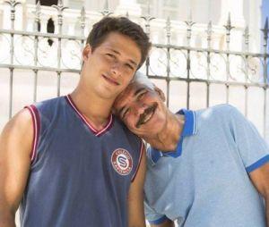 """Em """"Malhação"""", Santiago (Giovanni Dopico) vai ser expulso de casa por ser gay"""