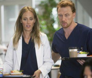 """Em """"Grey's Anatomy"""", na 15ª temporada, Owen (Kevin McKidd) vai ver seu trio amoroso virar um quarteto"""