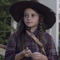 """Judith rouba a cena no retorno de """"The Walking Dead"""" e fãs já estão apaixonados pela filha de Rick"""