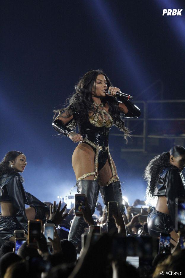 Ludmilla grava DVD no Rio de Janeiro e bota todo mundo pra dançar