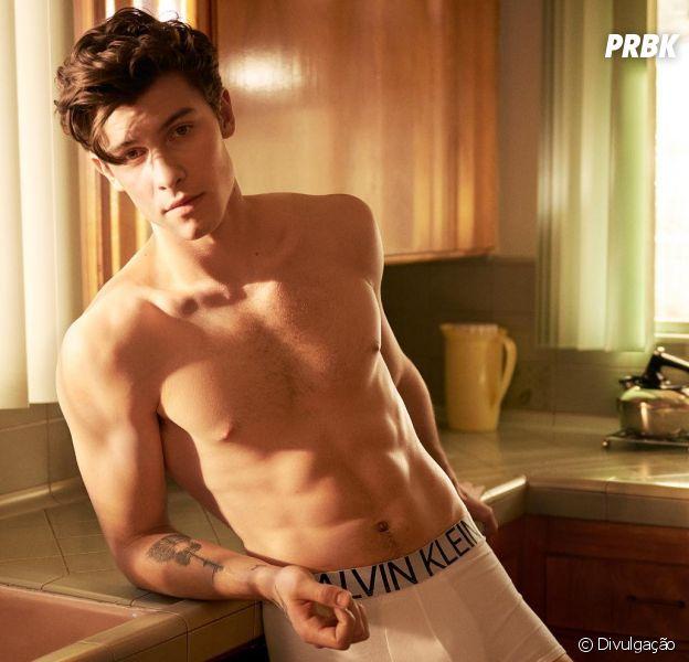 Shawn Mendes está mais gato que nunca nessa propaganda da Calvin Klein