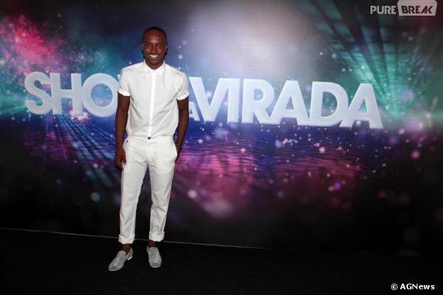 """<p>Thiaguinho foi um dos cantores convidados do """"Show da Virada"""", que será gravado em novembro em São Paulo</p>"""
