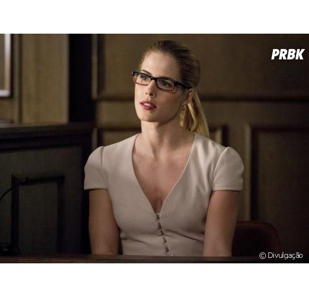 """Em """"Arrow"""", final de Felicity (Emily Bett Rickards) fez atores chorarem"""