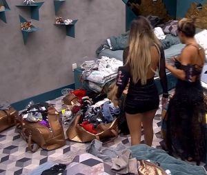 """No """"BBB19"""": Carol Peixinho tenta separar briga entre Paula e Hariany"""