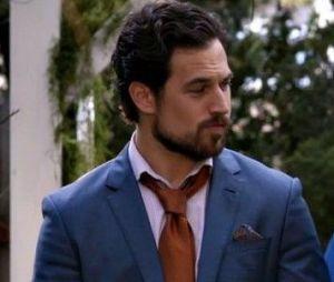 """Em """"Grey's Anatomy"""": Meredith (Ellen Pompeo) e DeLuca (Giacomo Gianniotti) podem levar seu caso para outro nível depois de flagra"""
