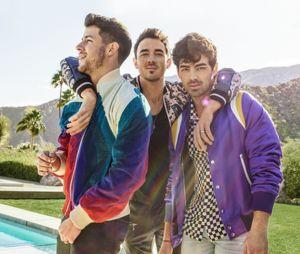 """Novo álbum dos Jonas Brothers se chamará """"Hapiness Begins"""" e tem data de lançamento marcada para 7 de junho"""