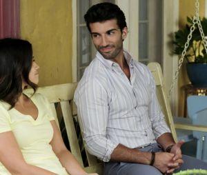 """Fãs de """"Jane the Virgin"""" se questionam se Jane (Gina Rodriguez) e Rafael (Justin Baldoni) não vão terminar juntos"""