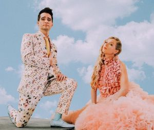 """""""Me!"""", parceria com Brendon Urie lançam, foi o primeiro single da nova era de Taylor Swift"""