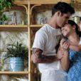 """Na 4ª temporada, Jane (Gina Rodriguez) está investido no relacionamento com Adam (Tyler Posey) em """"Jane the Virgin"""""""