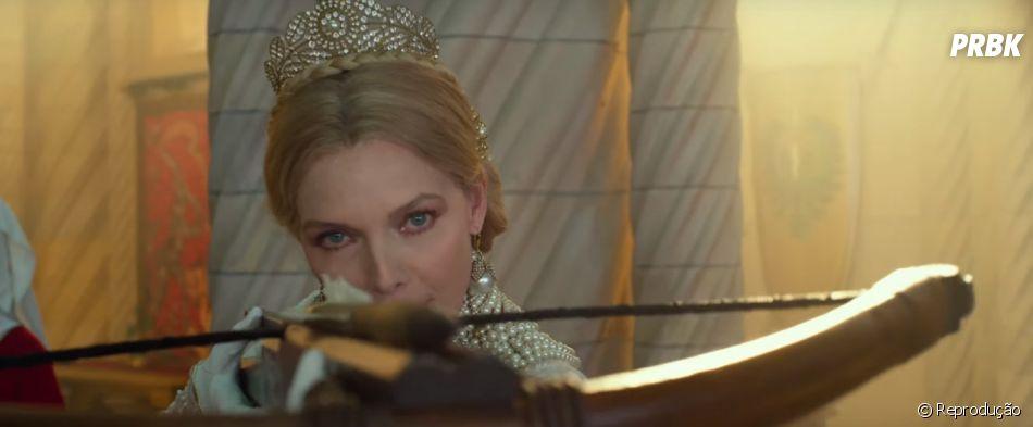 """Nova rainha pode acabar com Malévola (Angelina Jolie) em""""Malévola: Dona do Mal"""""""