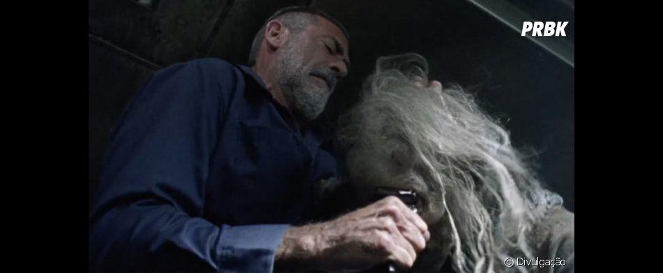 "Negan (Jeffrey Dean Morgan) já foi perdoado por maioria dos fãs de ""The Walking Dead"""