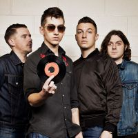 Playlist Especial: Se prepare para os shows do Arctic Monkeys em grande estilo!