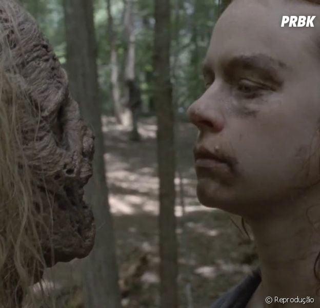 "Gamma(Thora Birch) deve se virar contra os Sussurradores em ""The Walking Dead"""