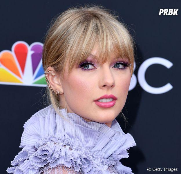 Taylor Swift entrou em acordo com gravadora e poderá cantar músicas antigas em shows