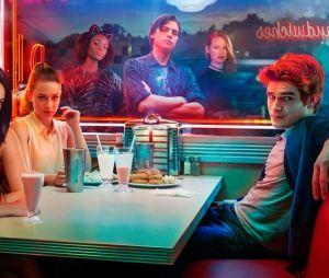 """Veronica (Camila Mendes) passará por grandes problemas no retorno da 4ª temporada de """"Riverdale"""""""