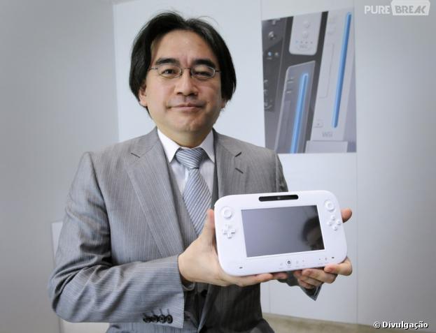 Satoru Iwata, presidente da Nintendo,e o Wii U