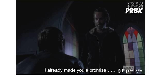 "Rick (Andrew Lincoln) mata Gareth (Andew J. West) em ""The Walking Dead"""
