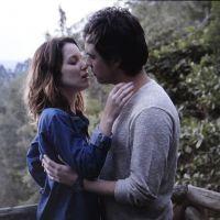 """Novela """"Alto Astral"""": Laura procura Caíque e casal tem encontro emocionante!"""
