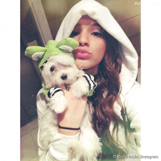 Bruna Marquezine com seu dog de estimação:376 mil pessoas curtiram noInstagram