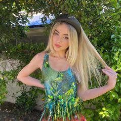 """Sabrina Carpenter: 15 curiosidades sobre a estrela de """"Dançarina Imperfeita"""", da Netflix"""
