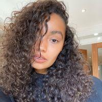 A Leigh-Anne, do Little Mix, está produzindo um documentário sobre racismo e colorismo. Saiba mais