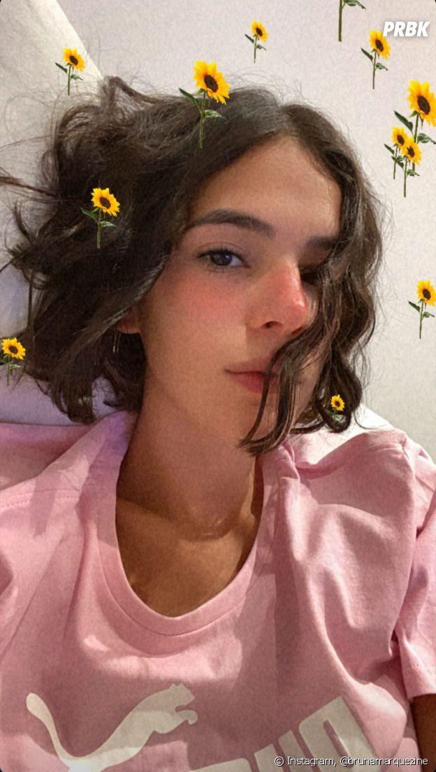 Bruna Marquezine exibe novo corte de cabelo