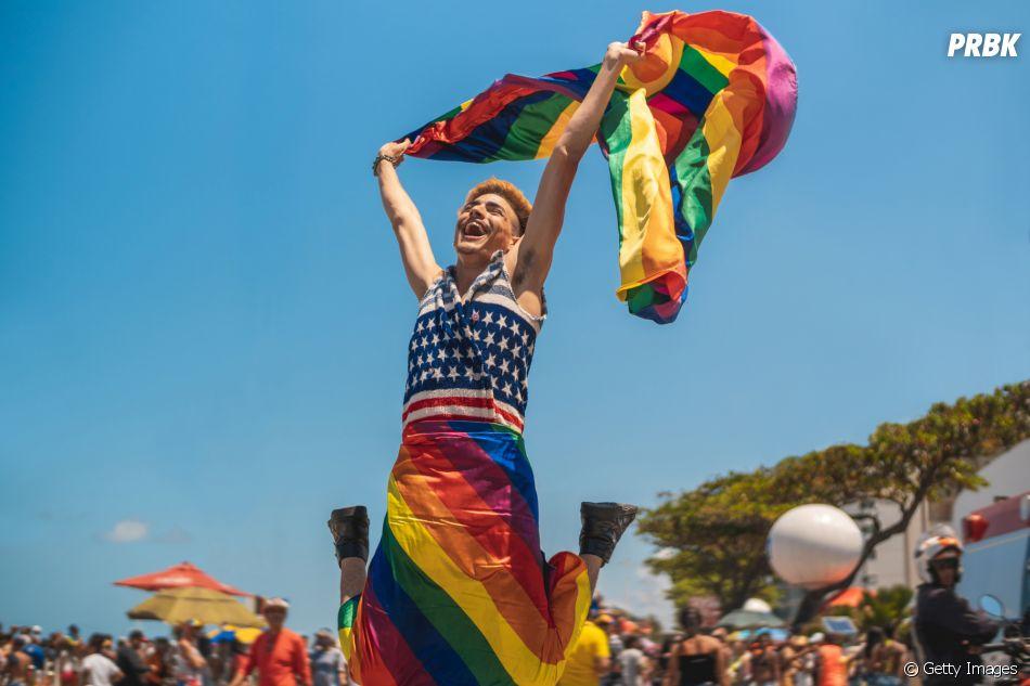 LGBTQIA+: famosos sempre espalham cada vez mais informações sobre o movimento