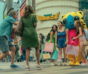 """""""Para Todos os Garotos: Agora e Para Sempre"""": Lara Jean (Lana Condor) e suas irmãs vão para a Coréia do Sul no filme"""