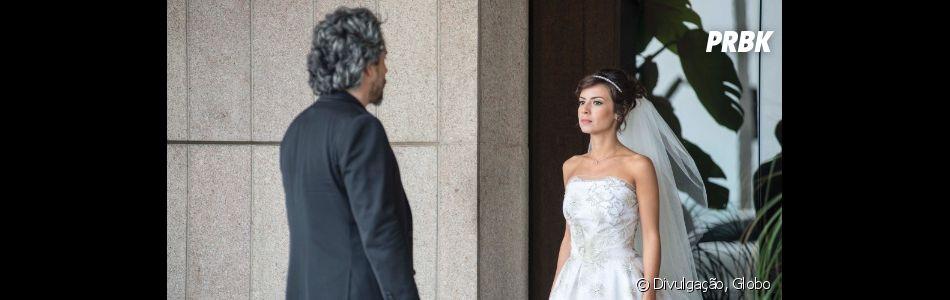 """""""Império"""": Maria Claria (Andréia Horta) é a filha mais requisitada pelo pai para ser sua sucessora"""