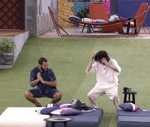 """Tchaki Tchaki"" de Gilberto conquista outros participantes do ""BBB21"""