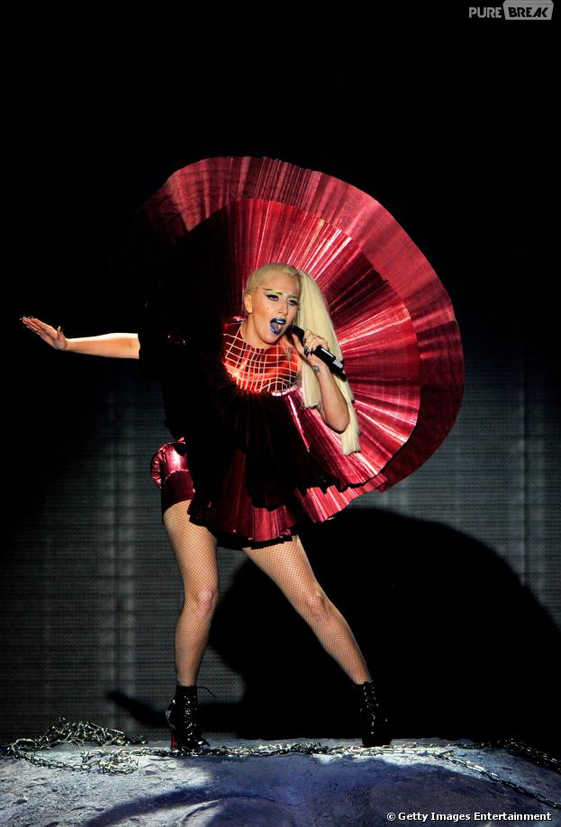 Lady Gaga quebra silêncio e comenta polêmica sobre suposta cópia de música da Madonna