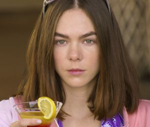 """""""Quem Matou Sara?"""": Sara (Ximena Lamadrid), é claro, não poderia faltar nessa lista e choca na 2ª temporada"""