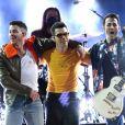 Jonas Brothers apresentaram medley de sucessos no Billboard Music Awards 2021