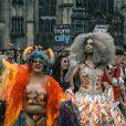 No Brasil, quase 3 milhões de pessoas são não-bináries ou transgêneres